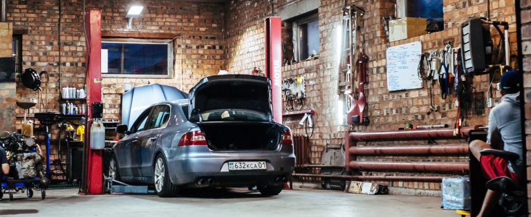 Car-in-workshop-damir-kopezhanov-w-bRrLmXODg-unsplash