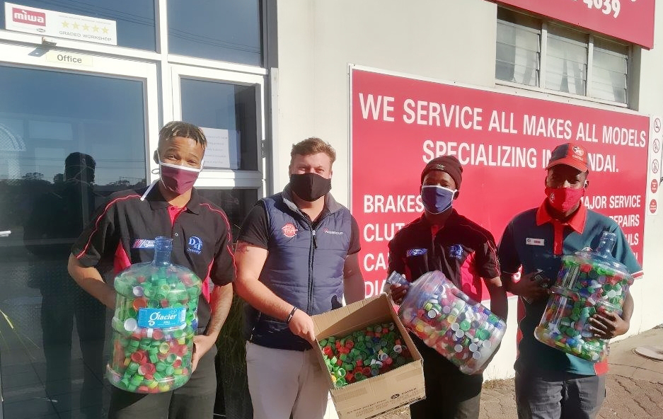 DandT-Servicing-and-Caltex-DAC-Motors-bottle-top-collection-for-Sweethearts-Foundation
