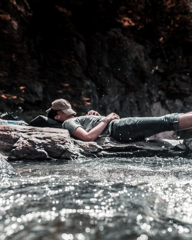 Relax-river-hamza-bounaim-_VnJ1YFTZvQ-unsplash