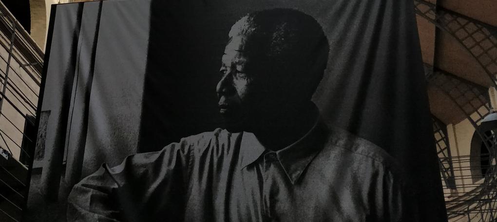 Nelsonn-Mandela-painting-igor-eberling-4OwNda1EdjU-unsplash
