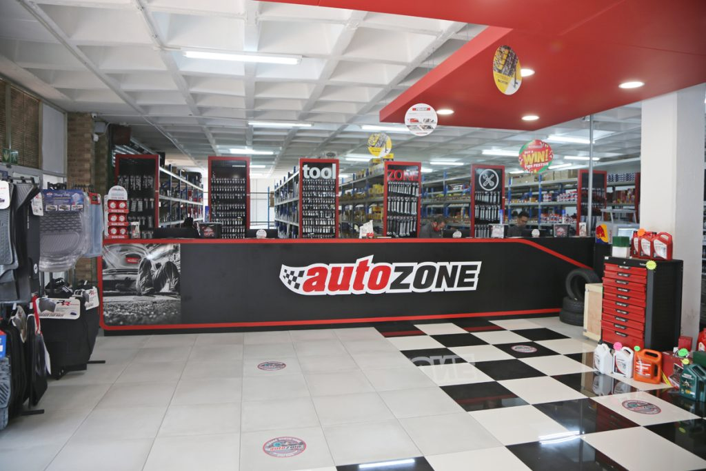 AutoZone-M73A3989