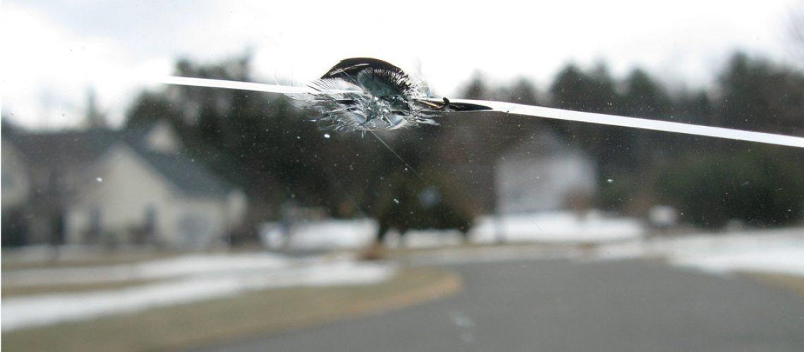 damaged-windshield-1413040